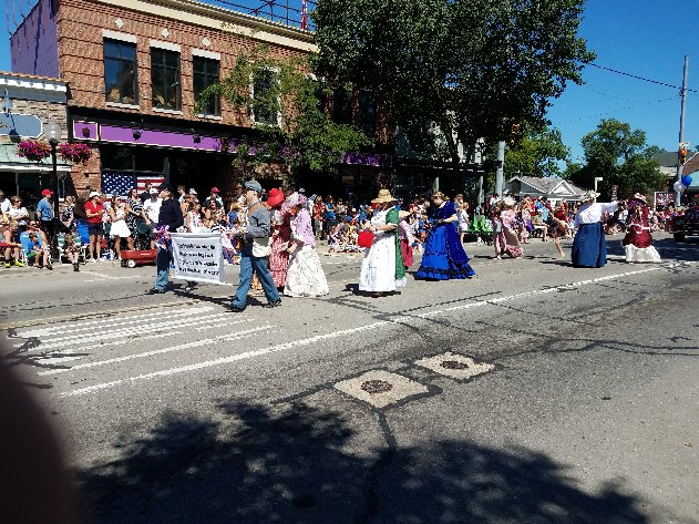 Historical Society marchers in 2017 parade